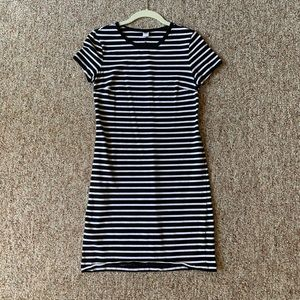 Short-sleeved back and white striped cotton dress